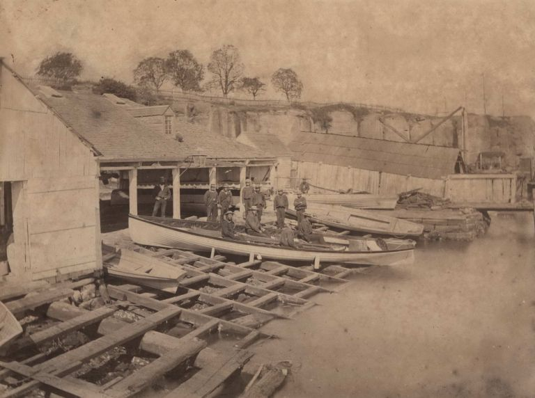 [Old Government Boatshed, Circular Quay, Sydney]