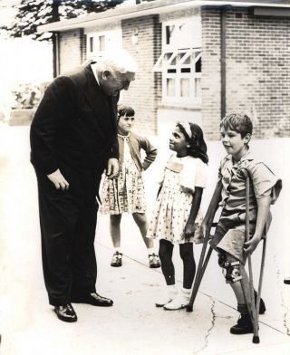 [Prime Minister Robert Menzies At Far West Children's Health Scheme, Manly, NSW]